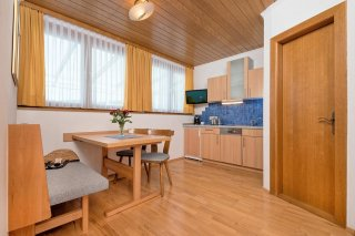 Appartement Magnolie in der Schwarzvilla, direkt am Seecorso in Velden am Wörthersee